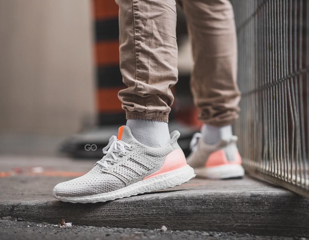 Trainers Adidas Ultra Boost 2.0 Solar Red Core Black