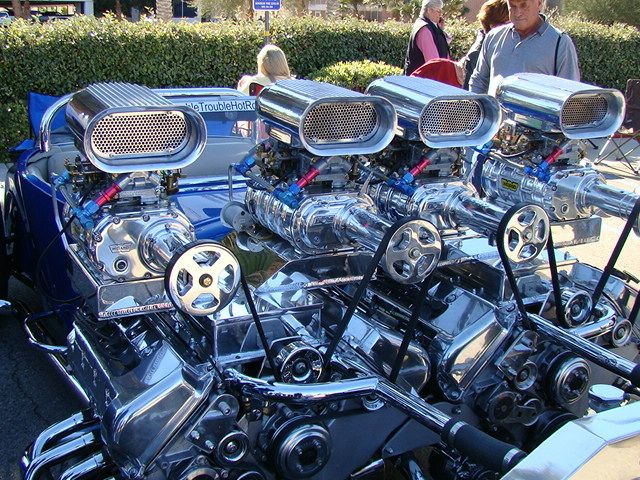 Twin 4 6l Ford Dohc Cobra Mills Each With Huffers Hemi Engine Truck