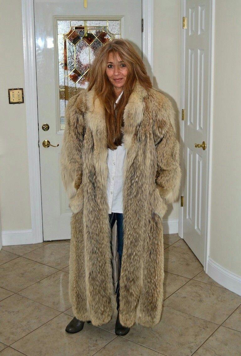 Pin by FurCoatFan on Fur coats Fur coats women, Coyote