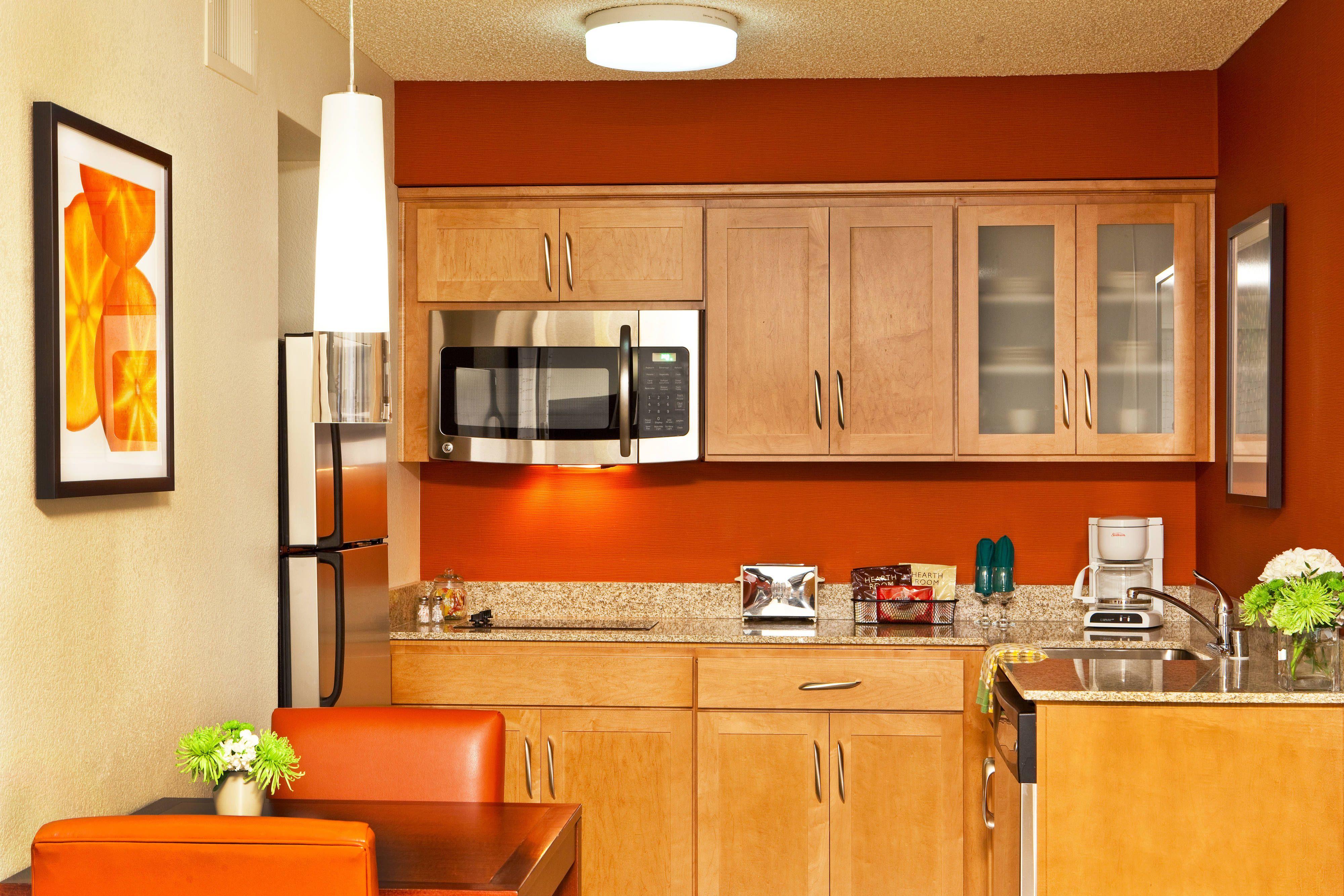 Residence Inn Sacramento Airport Natomas Suite Kitchen