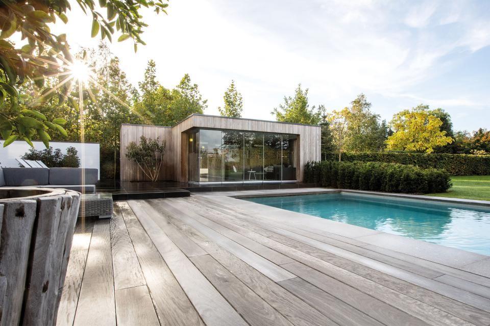 Modern Pool House In Hotwood Ash Zwijnaarde In 2020 Modern Pool House Pool Houses Modern Pools