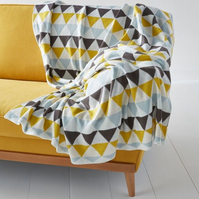 le plaid tricot jacquard odda un motif g om trique d. Black Bedroom Furniture Sets. Home Design Ideas