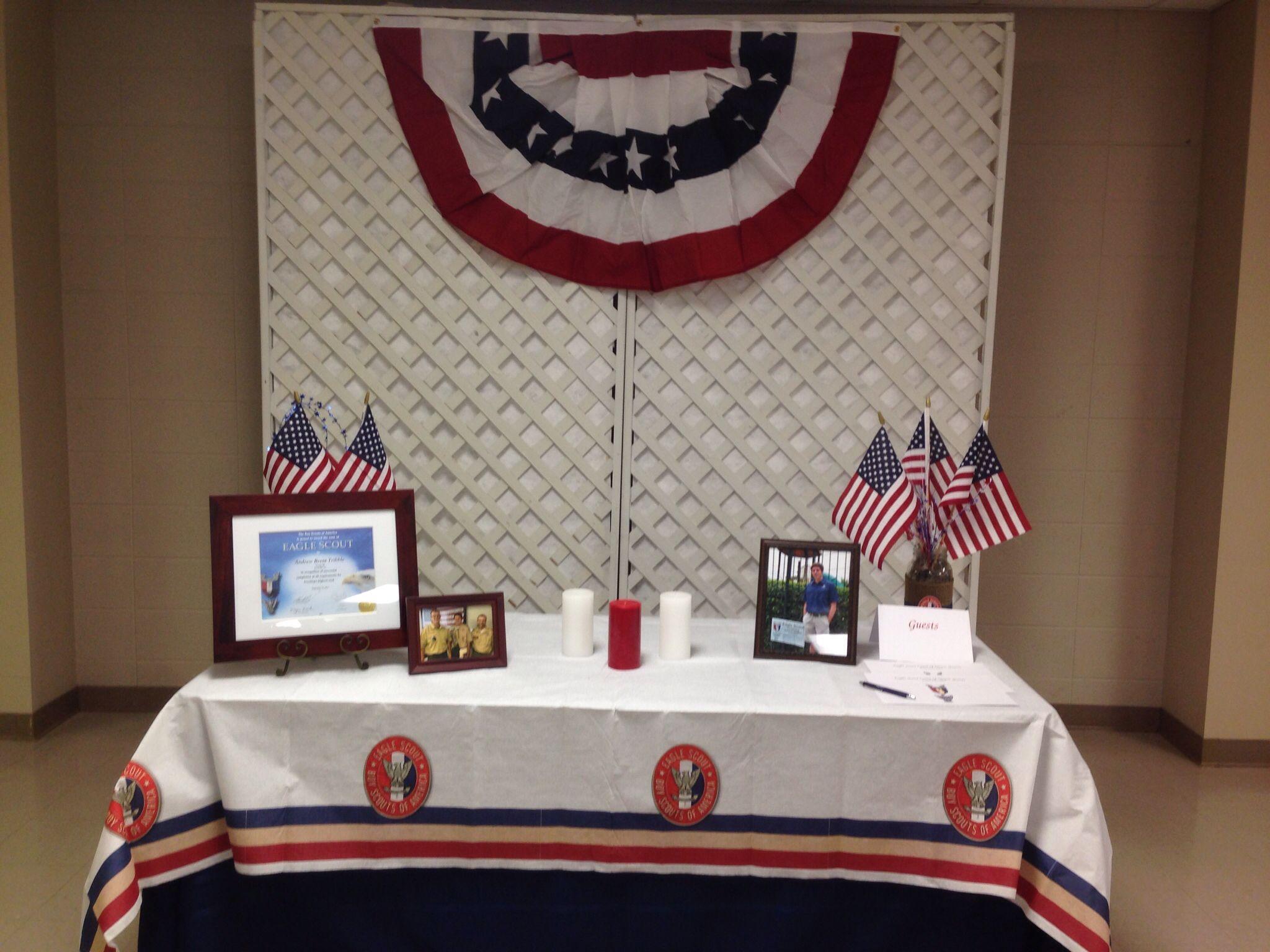 Eagle scout court of honor award table large burlap mason for Award ceremony decoration ideas