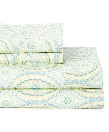 7d704c7af4a075a19623a1eaed751236 - Better Homes And Gardens Baylee Quilt