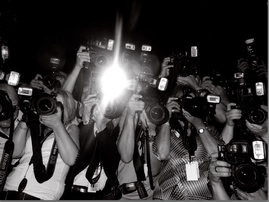 Celebrities vs Paparazzi (Supercut) - YouTube