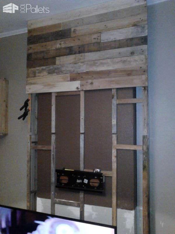 wall from pallet wood mur en bois de palettes pallet. Black Bedroom Furniture Sets. Home Design Ideas