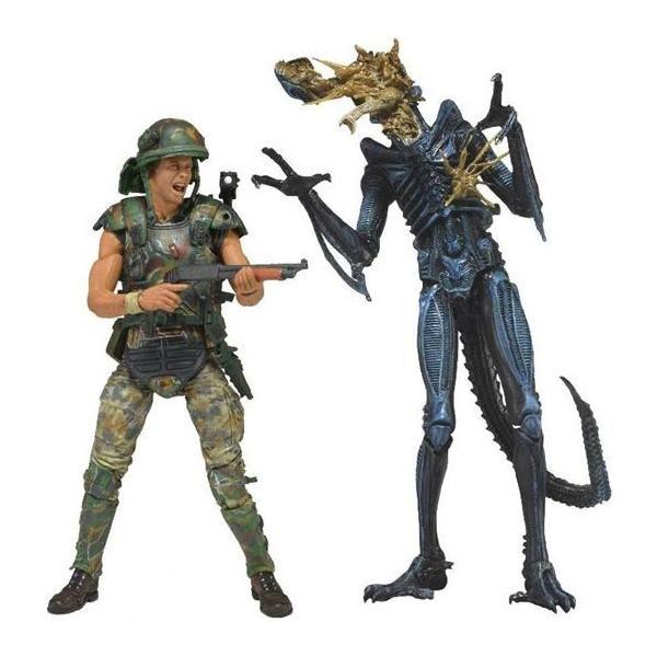 Aliens: Action Figure 2 Pack: Hicks Vs Battle Damaged Blue Warrior Alien @ ForbiddenPlanet.com