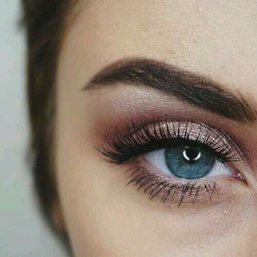 Perfect To Compliment A Blush Pink Dress Makeup Looks Blue Eye