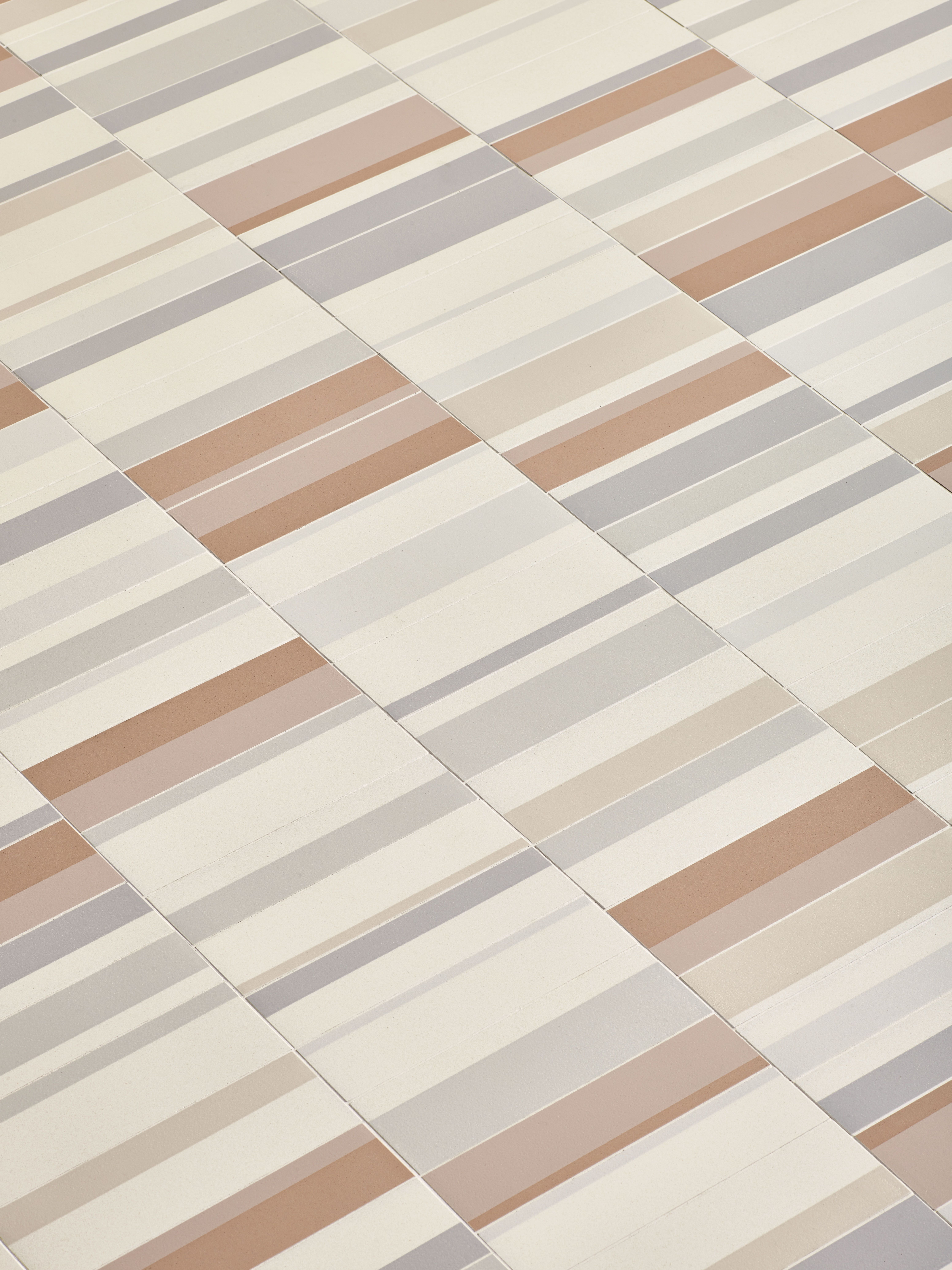#Surface #Carrelage #Tile  Collection Piano  Surface  Wwwsurface