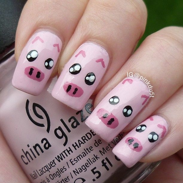 pink piggy nails Tracy would love this pigs nail art - Instagram Photo By Pinkdu5t Pink Black White Pig Piggy #nails #DIY