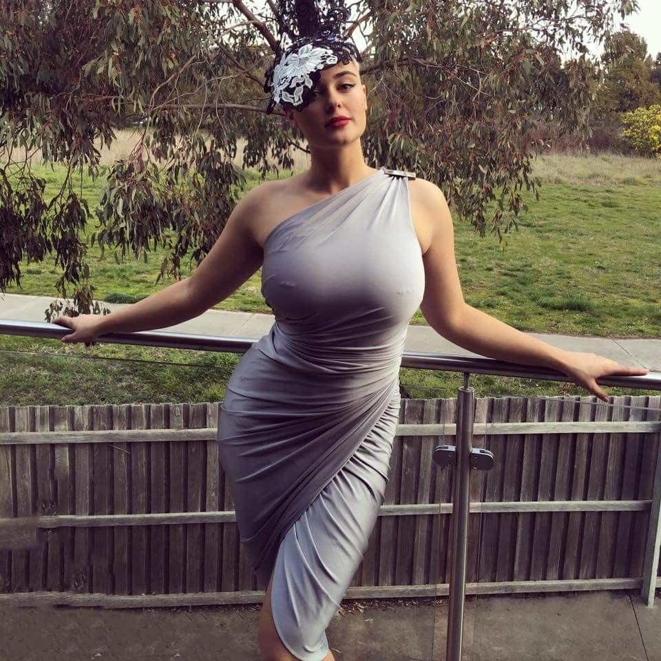 Cleavage Stefania Ferrario nudes (63 photo), Pussy, Sideboobs, Feet, braless 2020