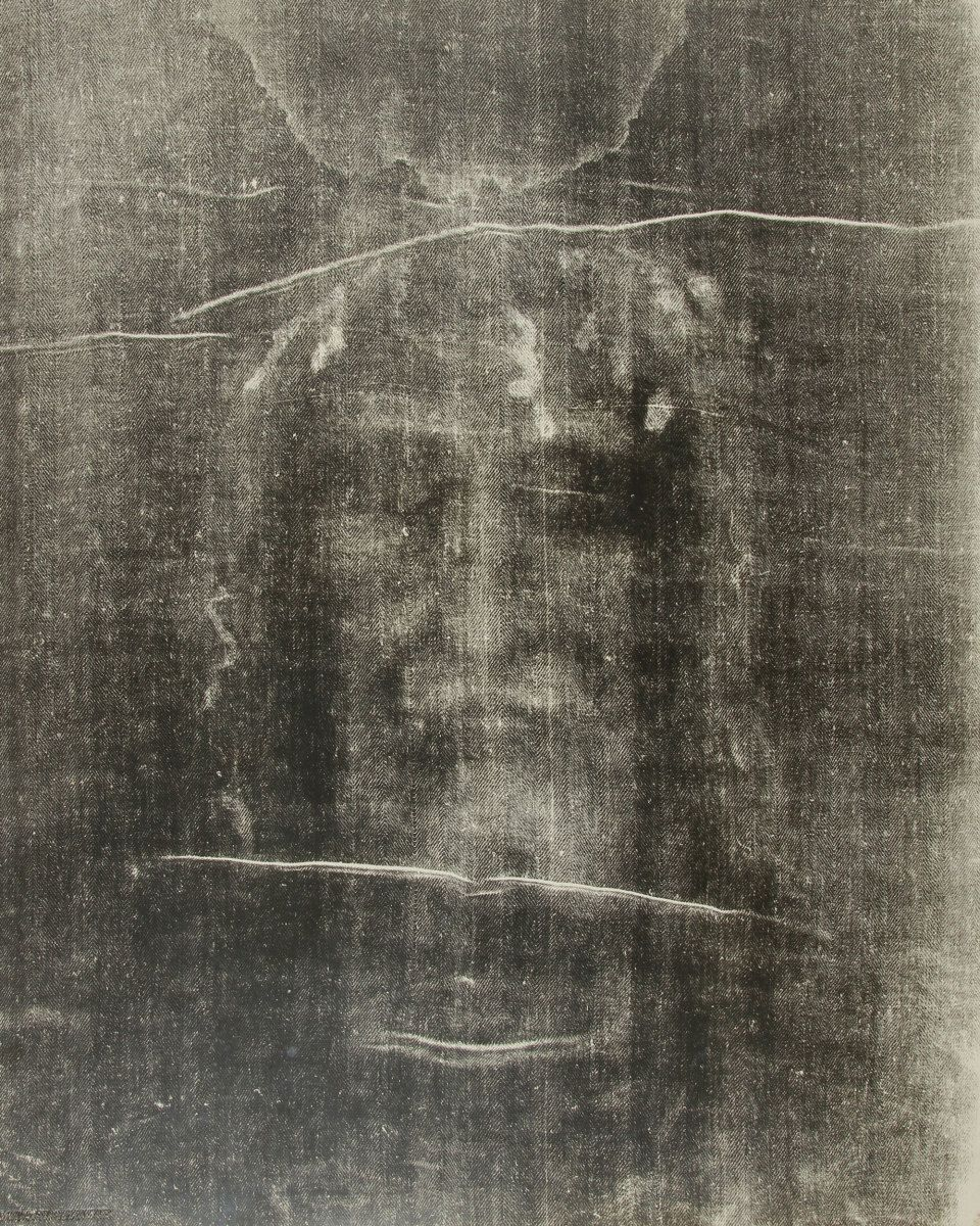 Shroud of Turin | Shroud of Turin in 2019 | Images of christ