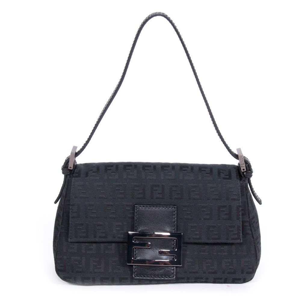 5f6d8edb58 Shop authentic Fendi Forever Mama Bag at Re-Vogue for just USD ...