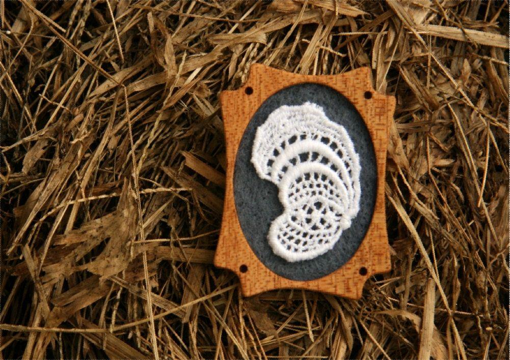 Vintage White Lace on Slate Grey Felt Wooden Brooch, Felt and Mahogany Series.