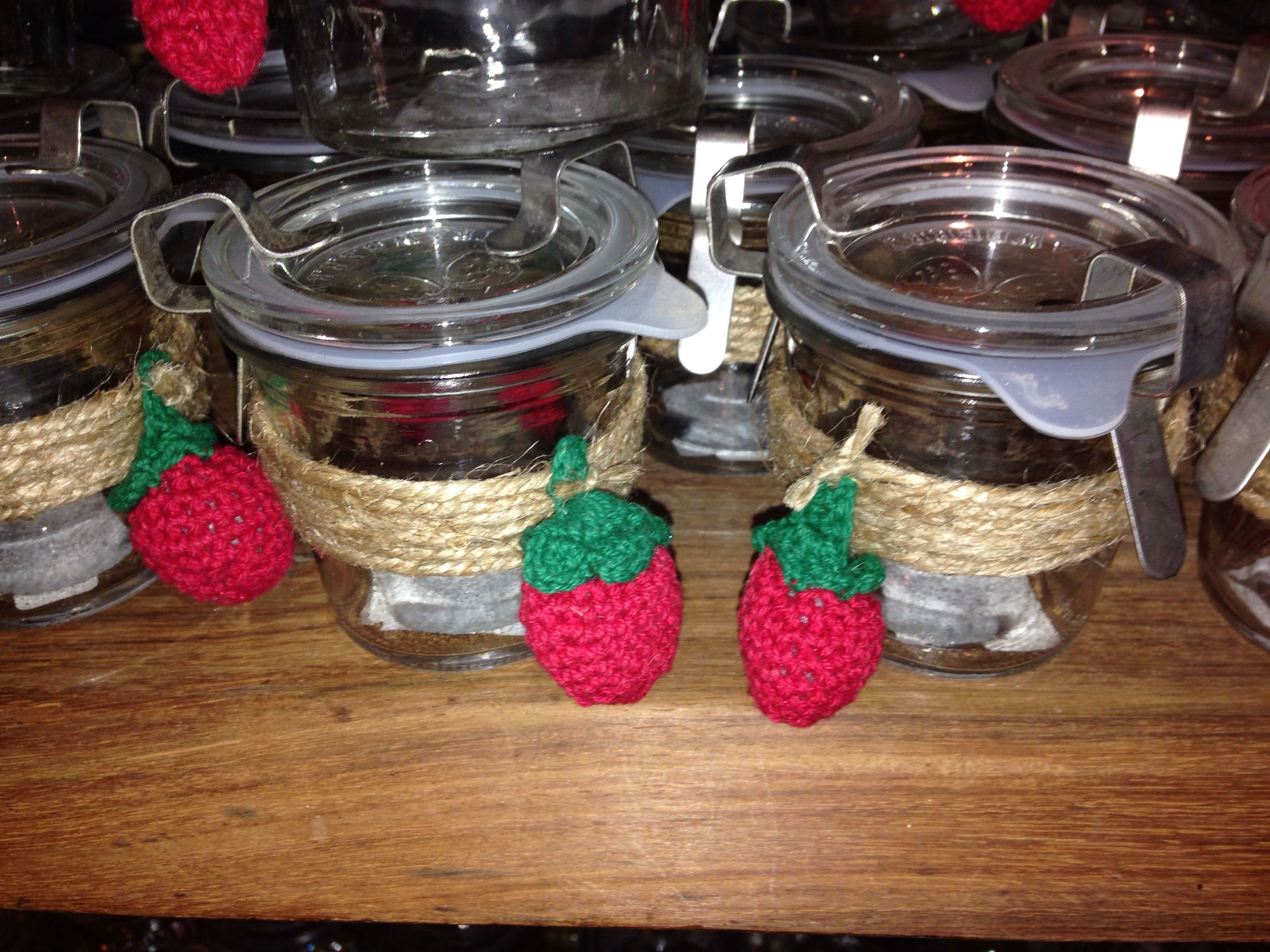 Um selbstgemachte Marmelade zu verschenken