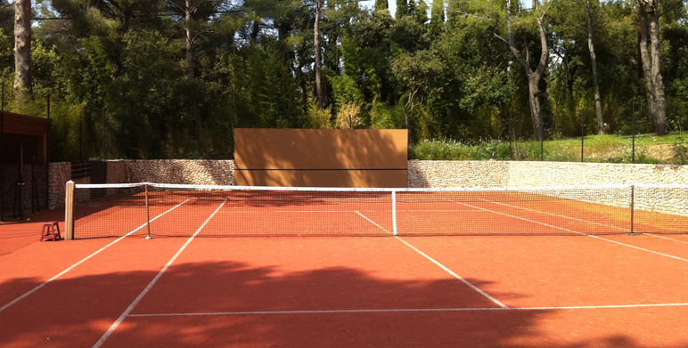 cool tennis court and club house aix en provence landscape architect thomas gentilini design. Black Bedroom Furniture Sets. Home Design Ideas