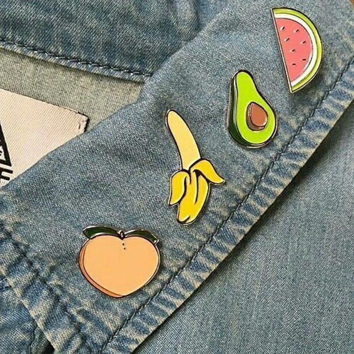 6afbe255b3 denim #denimaesthetic #aesthetic #badges #pins #jacket #denimjacket ...