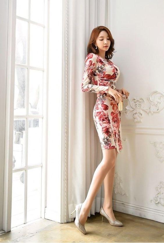 Đầm hoa body
