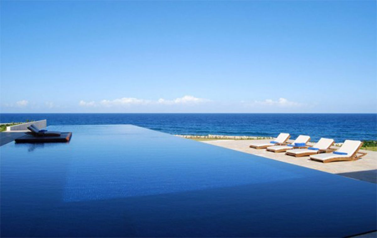 Casa Kimball Infinity Pool Design A Luxurious Beach House With ...