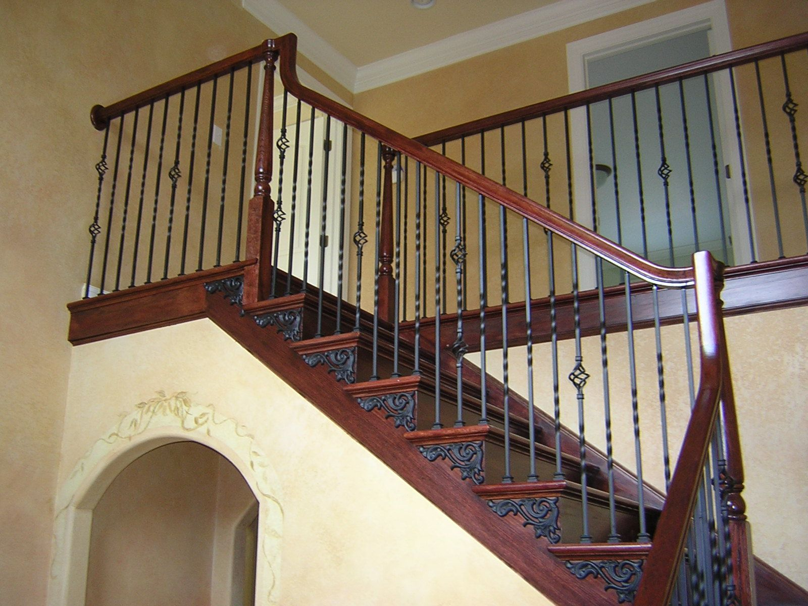 Stair With Satin Black Iron Baers Brackets 1 Jpg 600 200 Pixels Railing Wrought