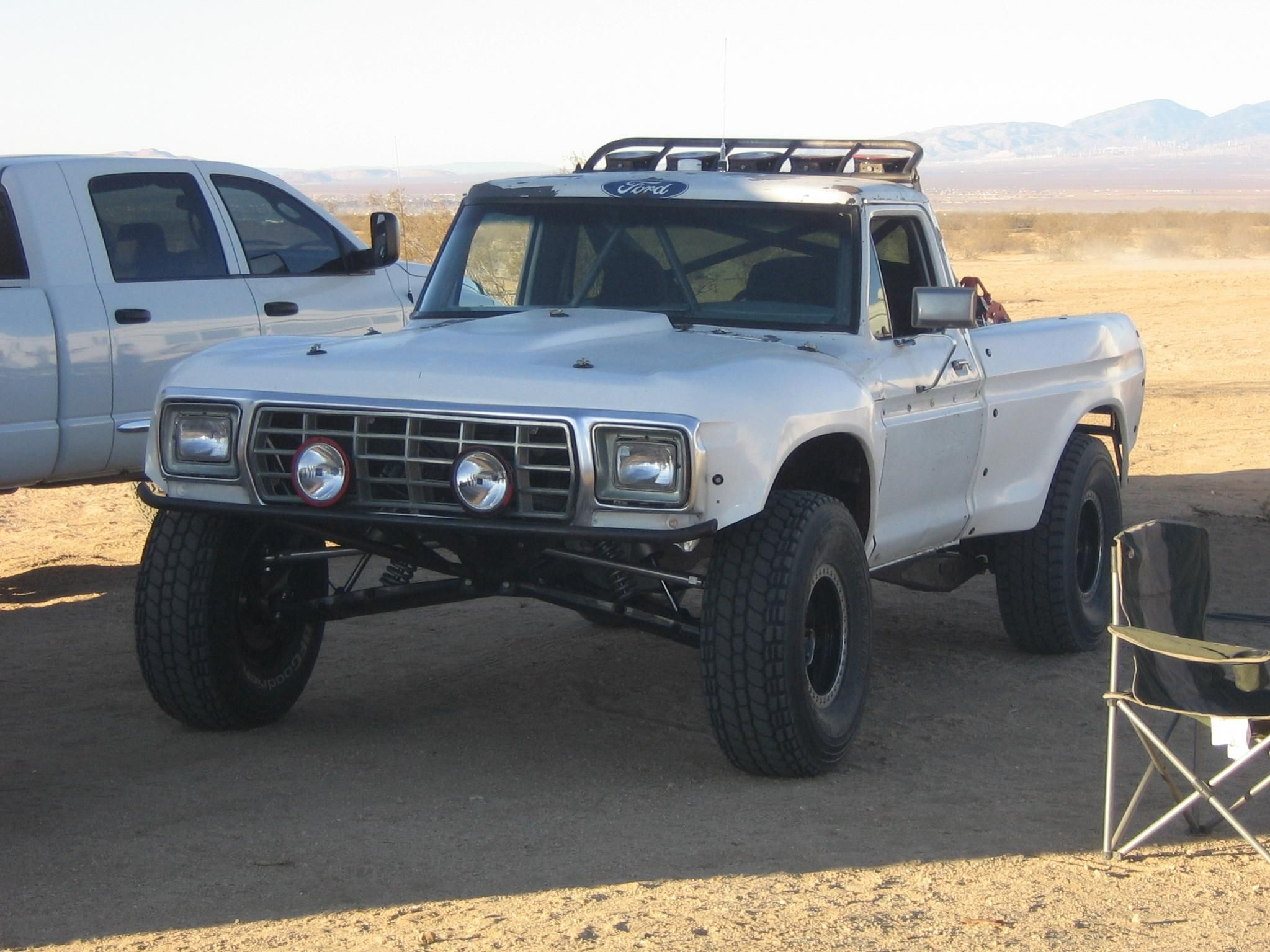 Trophy Truck For Sale >> Dream Truck But Diesel With Custom Ttb Up Front And