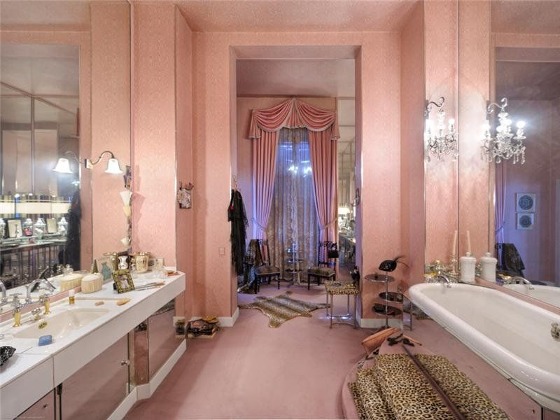 I Would Live In This Bathroom Villa Was Built For Coco Chanel Who Lived Here From 1929 To 1953