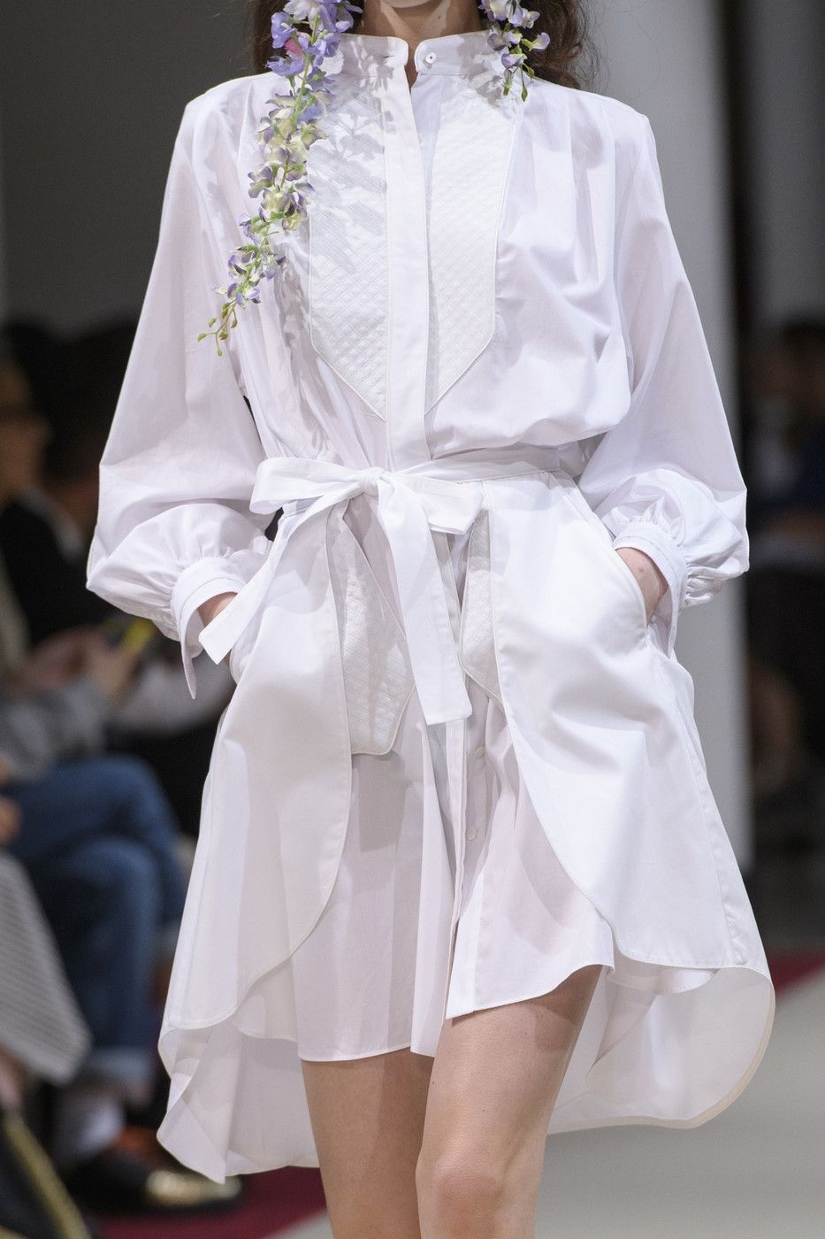 Alexis Mabille at Paris Fashion Week Spring 2018 in 2019 ... 788eae26cac