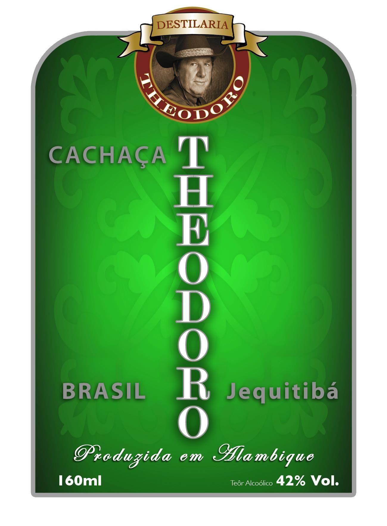 Destilaria Theodoro Alambique De Cobre Producao De Cachaca E
