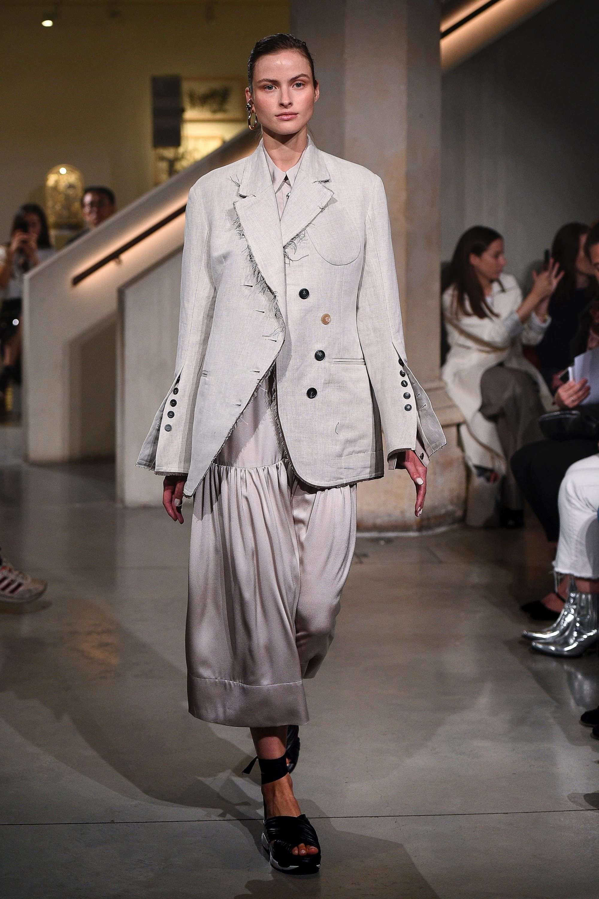 Trussardi Fall 2019 RTW Collection Goes Country Chic