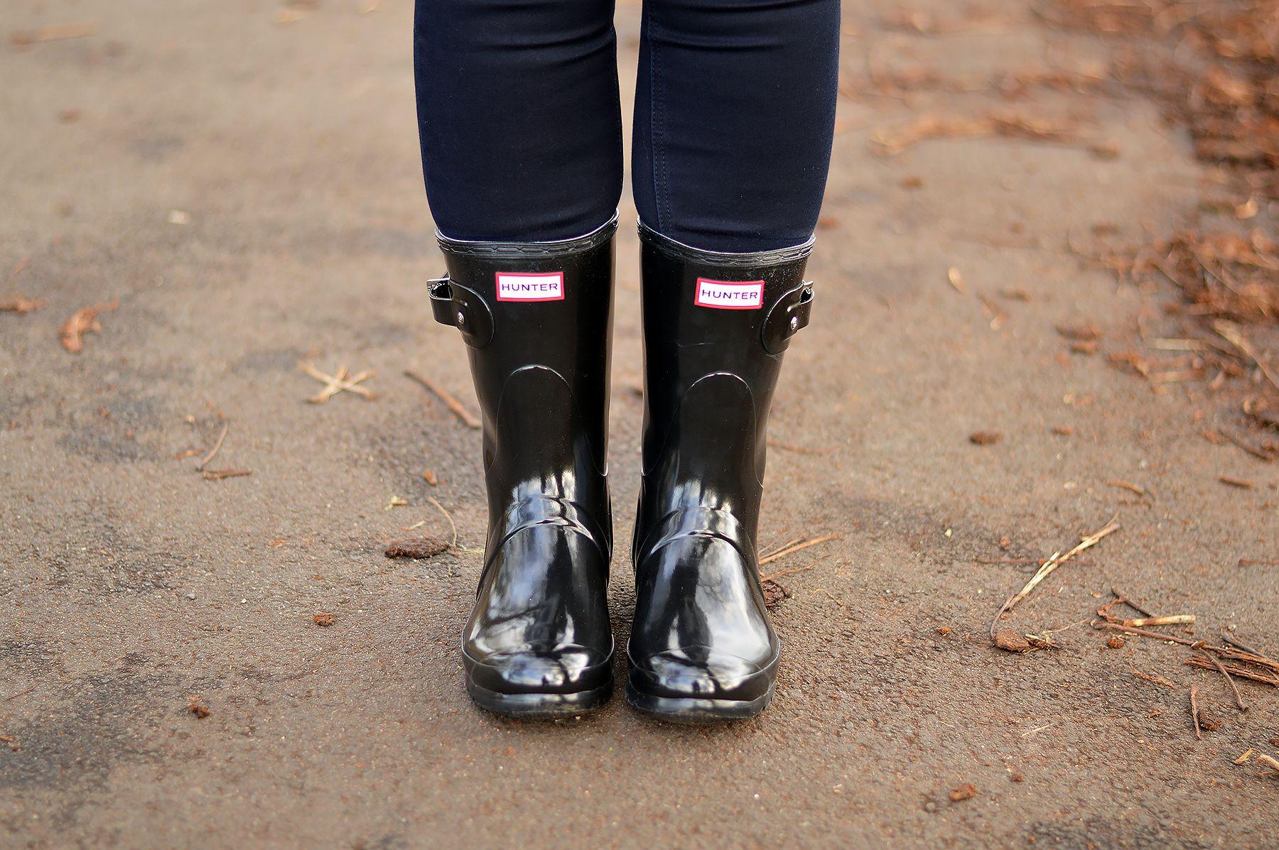 c550bb92f62 Short Hunter Boots Wellies Black Gloss   Boots   Hunter wellies ...