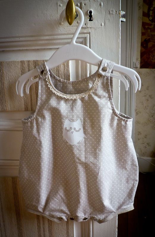 Barboteuse couleur lin | Baby rompers // Barboteuses // Pagliaccetti ...