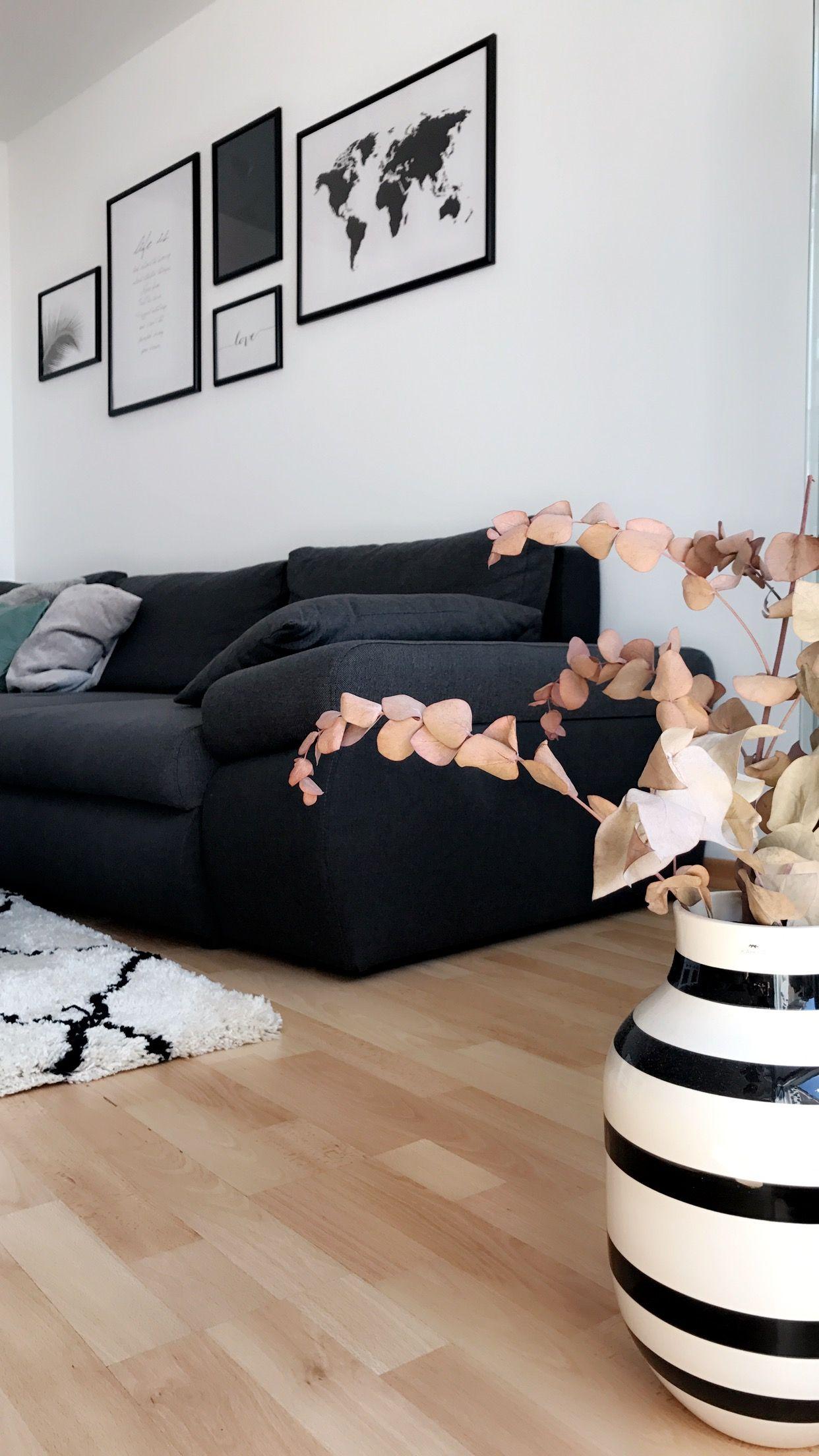 Vase Im Streifen Look! Die Handgefertigte Bodenvase In Streifenoptik Ist  Ein Absoluter Hingucker Im Wohnzimmer Von Melanie.