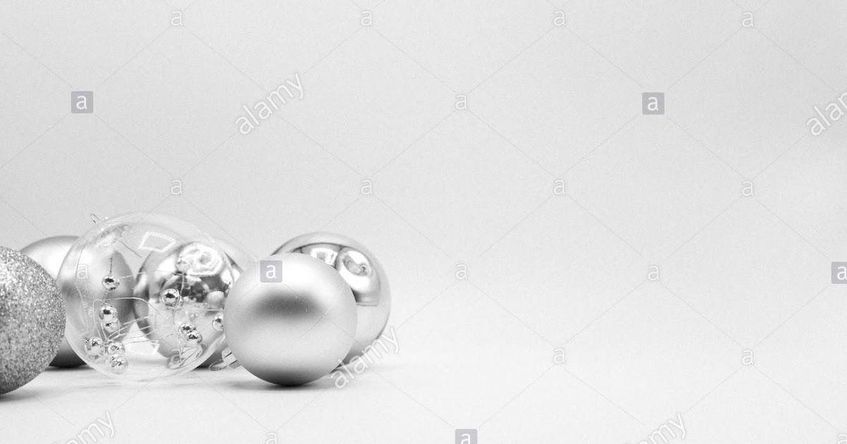 Monochrome Elegant Christmas Wallpaper Background Of Tree White Silver And Black Ch Christmas Wallpaper Backgrounds White Christmas Image Black White Christmas