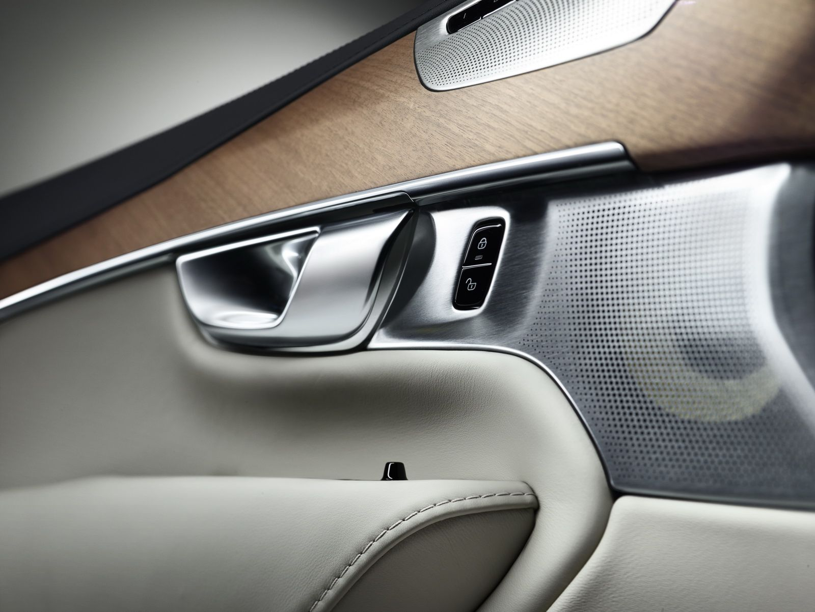 Volvo xc90 white and wood idea car interior