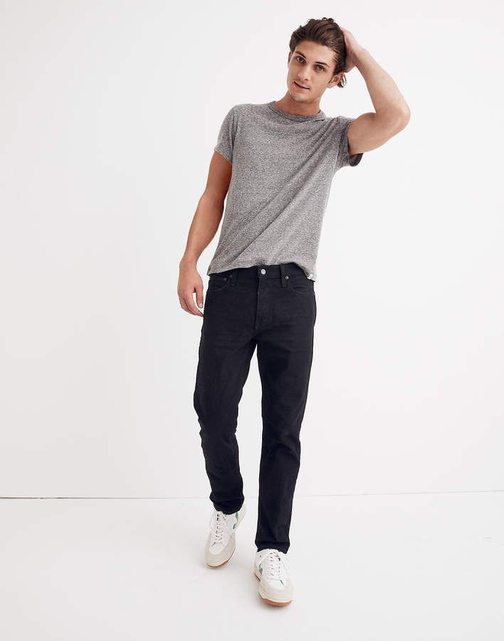 Straight Authentic Flex Jeans in Classic Black Wash