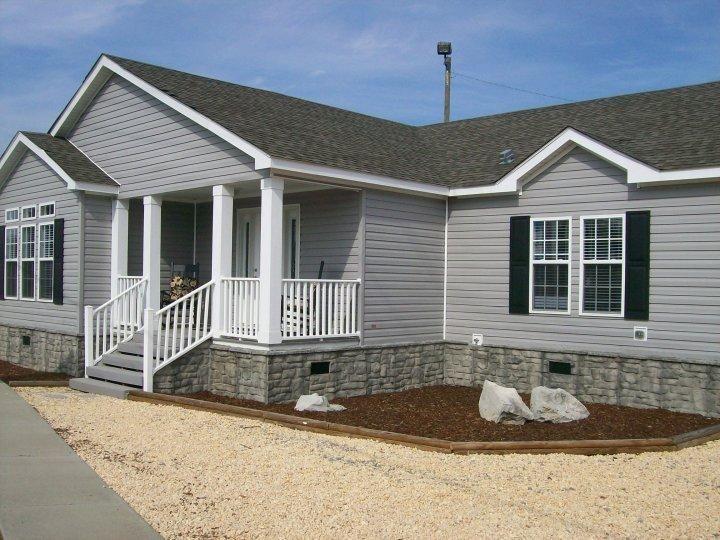 Pin By Melissa Bennett Odrzywolski On Home Is Where The Heart Is Shade House Wood Siding Exterior Grey Siding
