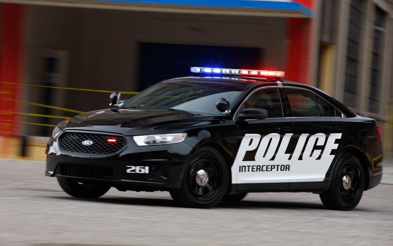 Ford Explorer Interceptor Suv Popular Police Cruiser Motor Trend Wot Ford Police Police Truck Police Cars