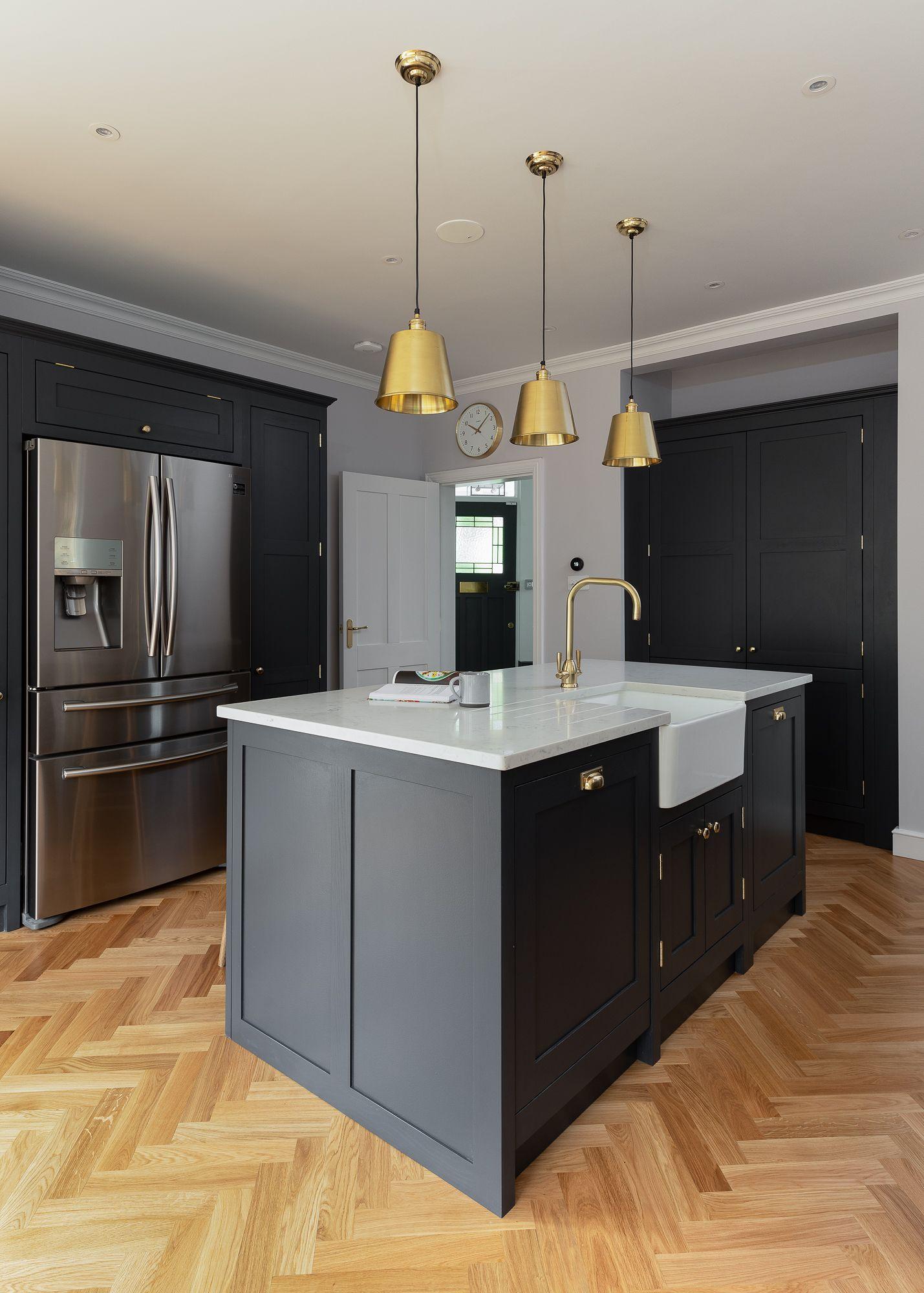 Dark Grey Shaker Kitchen Grey Shaker Kitchen Kitchen Cabinets Decor Shaker Style Kitchens