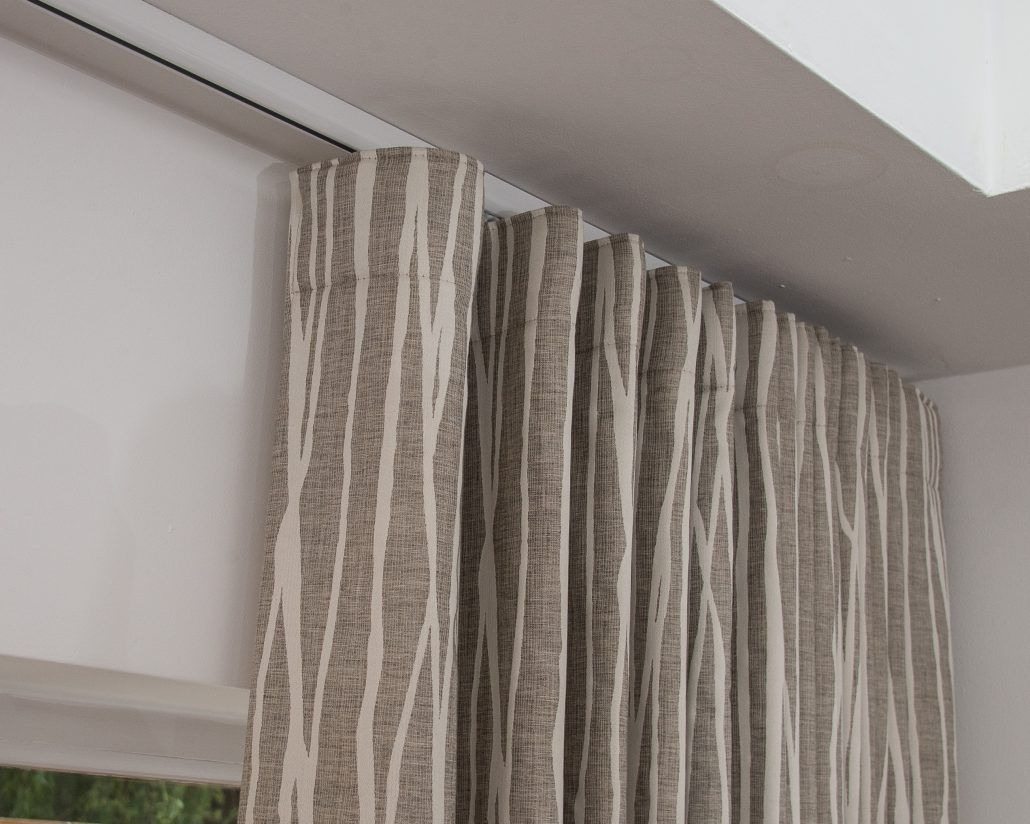 Curtains On Wave Tracks Wave Tracks Bay Windows Curtains
