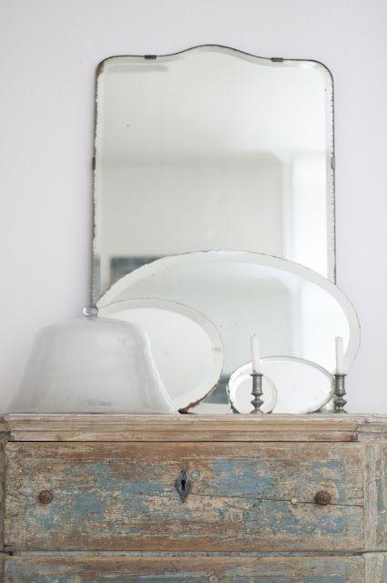 Vintagea kodin kaunistukseksi! Torista löydät myös antiikkisemmat kalusteet: http://bit.ly/tori-fi-antiikki.