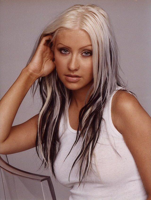 Stunning Xtina Christina Aguilera Hair Hair Styles 90s Grunge Hair