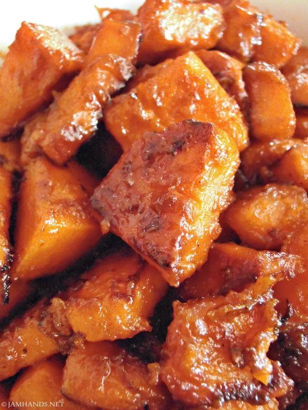 Skillet Candied Sweet Potatoes #sweetpotatorecipes