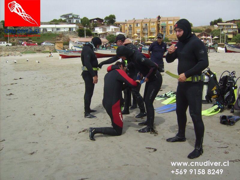 Cristóbal Novoa Urenda Instructor Buceo Deportivo CMAS/Fedesub/Armada Coach Certificado por ICC Personas y Empresas http://goo.gl/vPCj8I / 91588249