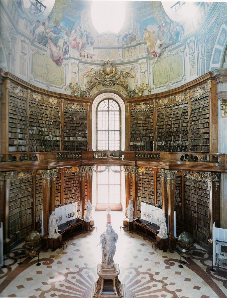 Les bibliothèques de Candida Höfer Candida Hofer bibliotheque 06 photographie bonus art