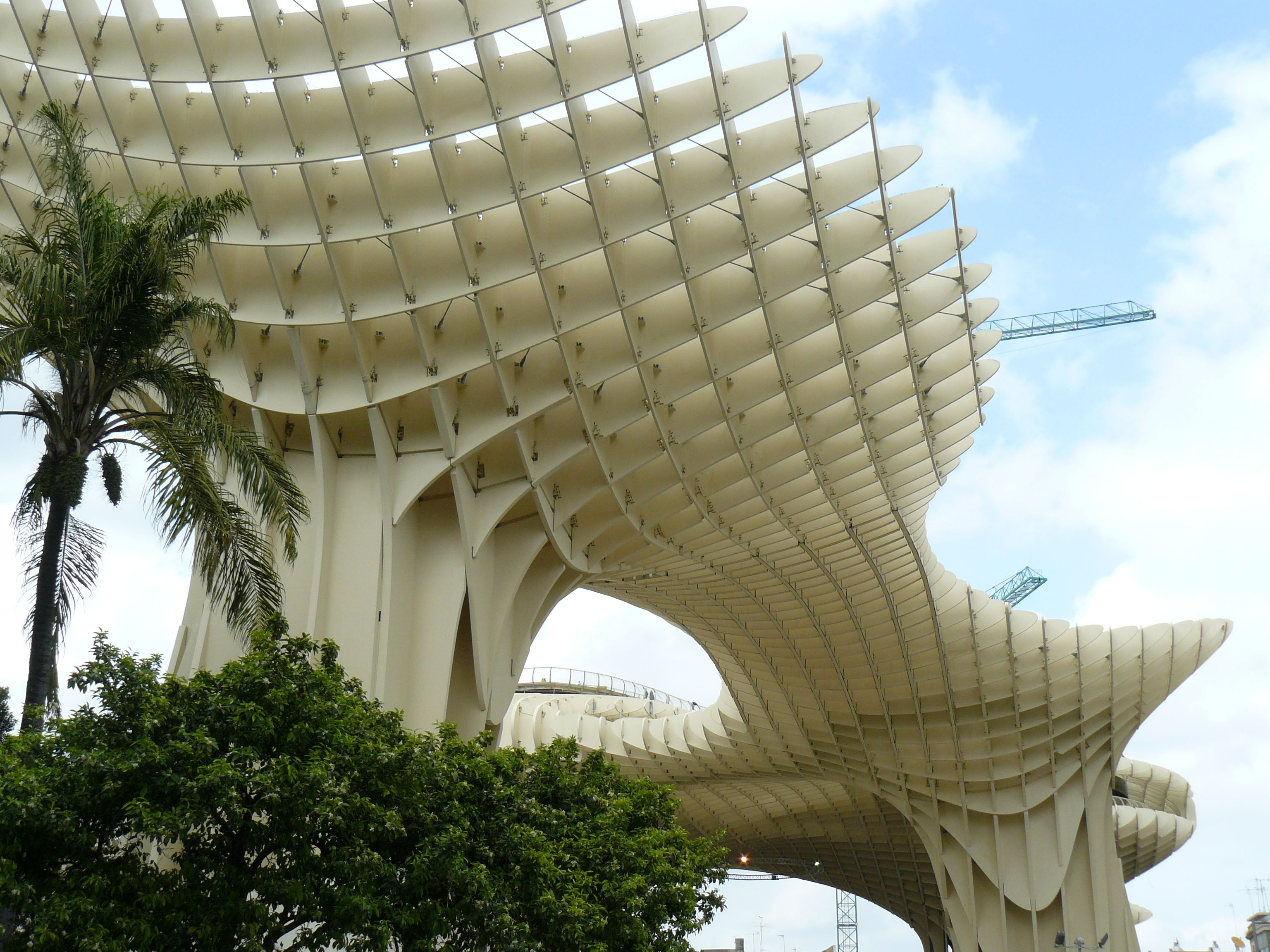 Metropol parasol the world s largest wooden structure - Building Parasol Metropol Kerto Lvl Used In Complex Structures Of One Of The World S Largest Wooden