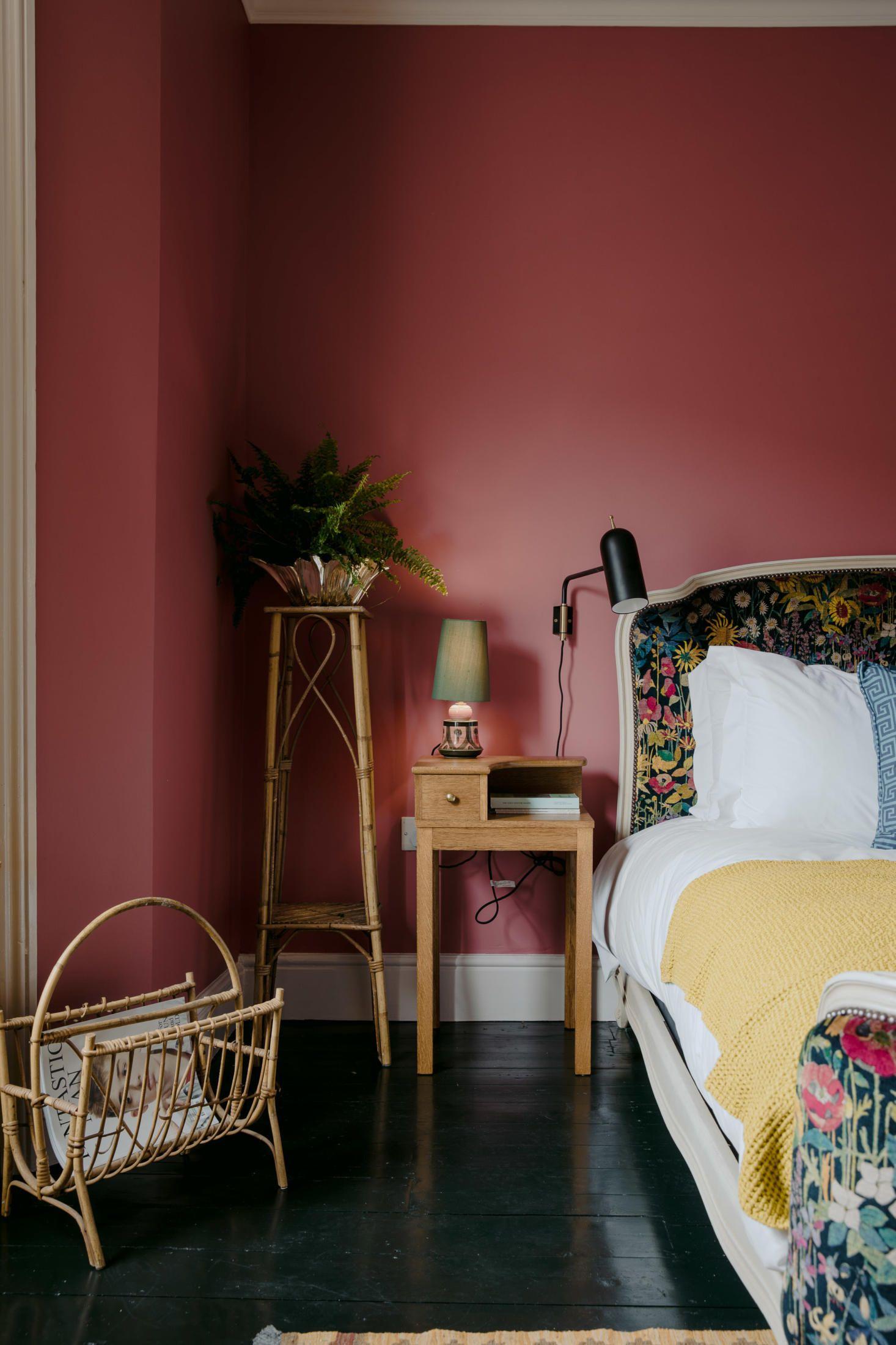 The Rose A Singular Seaside Inn On The English Coast Color