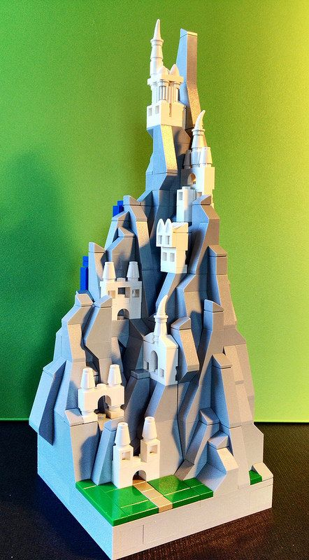 Lego Mocs Micro ~ Lego MOCs Fantasy ~ Micro-scale Eyrie from Game of Thrones