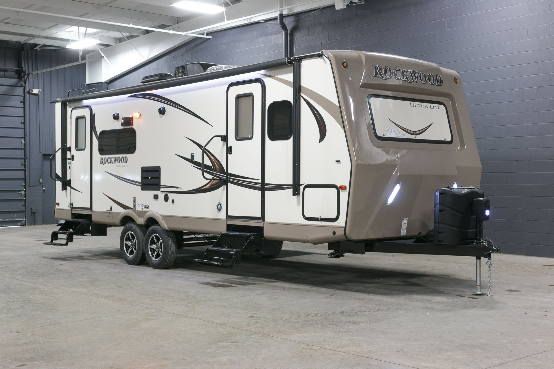 Luxury Rv Eager For The Rugged Outdoors 2017 Forest River