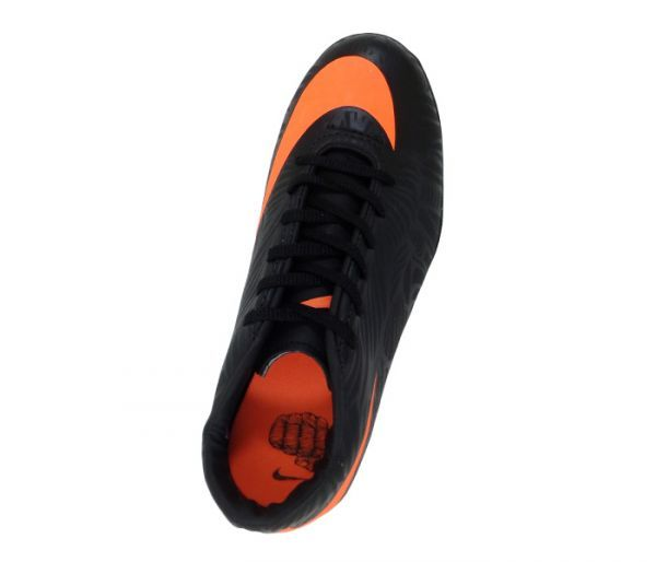 06df637b1beb1 Chuteira Society Nike Hypervenom Phelon 2 Neymar Jr Preto e Laranja -  Cabedal confeccionado em material