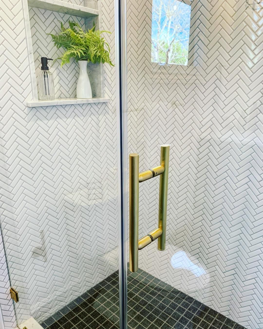 Name That Tile Homeowners Guide To Identifying Shower Tile Shower Tile Designs Shower Tile Homeowners Guide